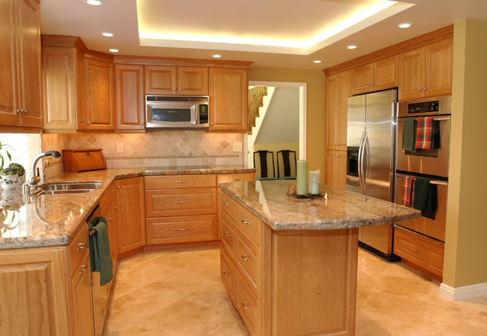 Natural Tones Cherry Kitchen Cabinets Design
