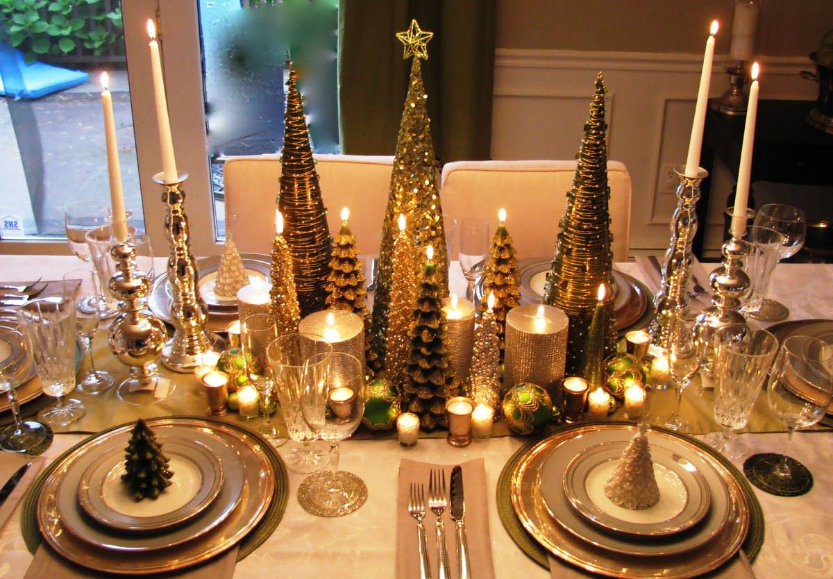 Exquisite Luxury Christmas Centerpiece Idea