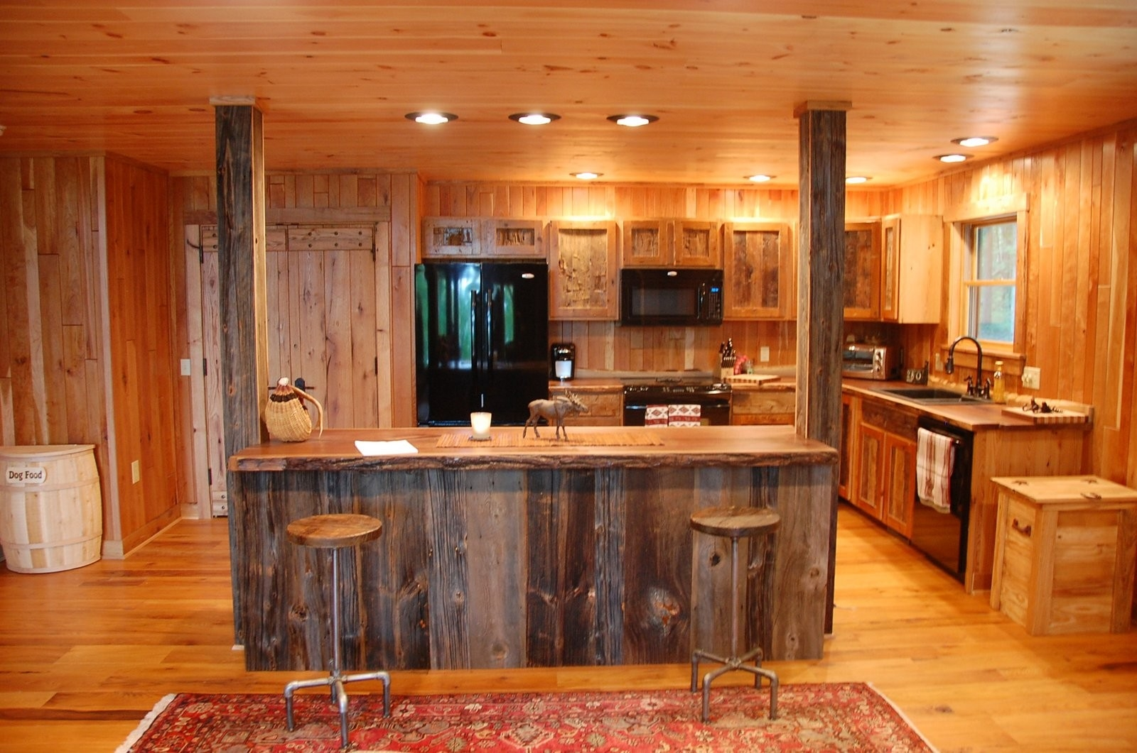 Creative Wooden Small Farmhouse Kitchen Design