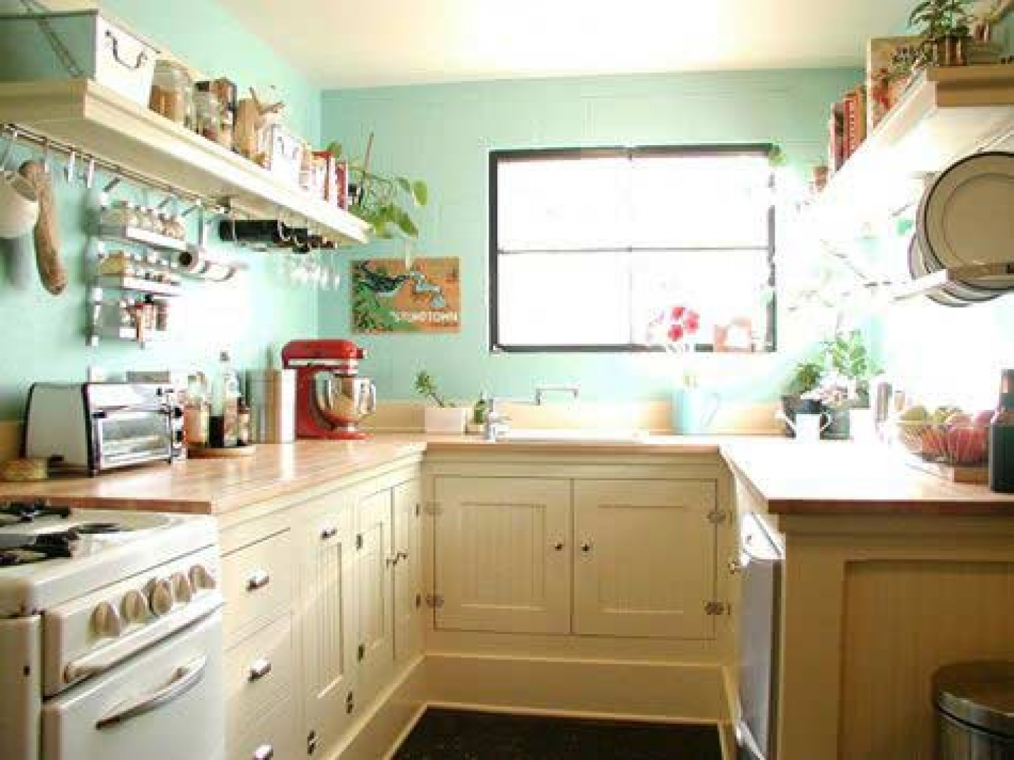 Small kitchen update ideas to transform it hotter Small square kitchen designs